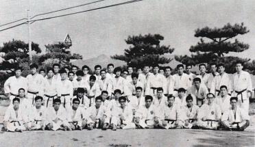 10-1971-Tanagajima-Japan-Natsu-Gashoku-with-Tani-Sensei